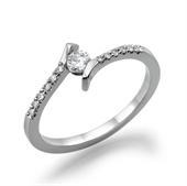 תמונה של טבעת יהלום 0.2 קראט עם יהלומים צדדיים במשקל 0.14 קראט